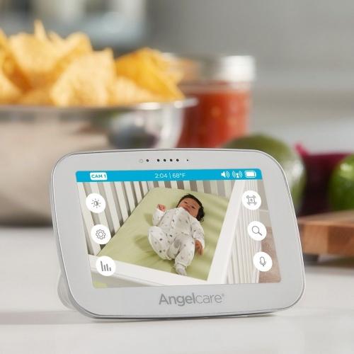 ac510_baby_video_monitor_parent_unit_lifestyle_us_2